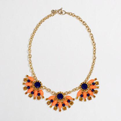 Factory stone fan necklace