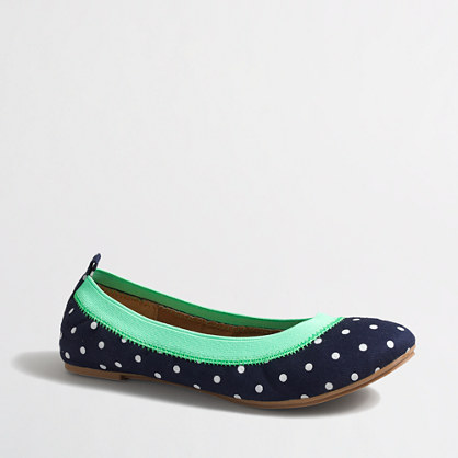 Factory girls' polka-dot flats
