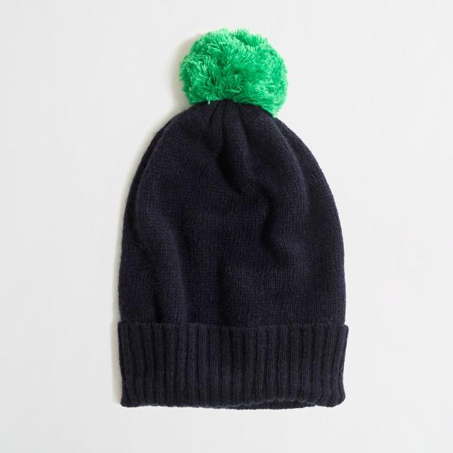 Factory pom-pom hat