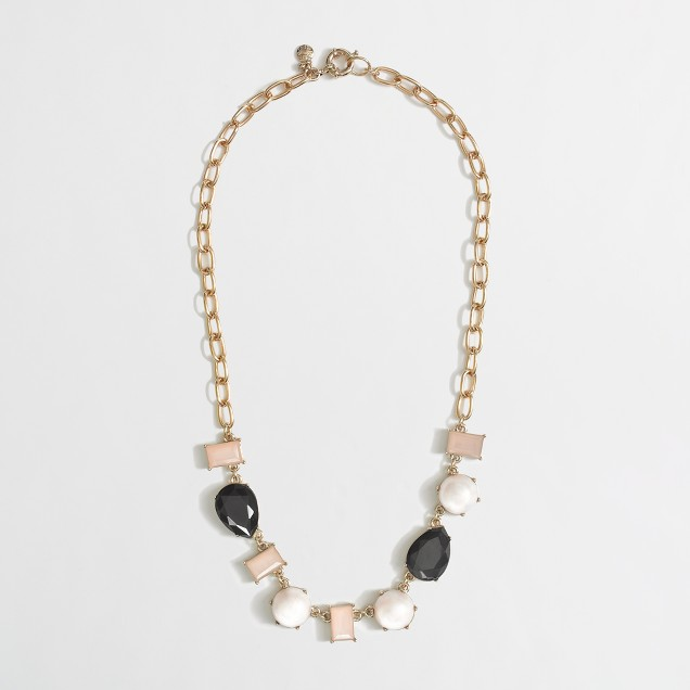 Factory pearl and stone necklace