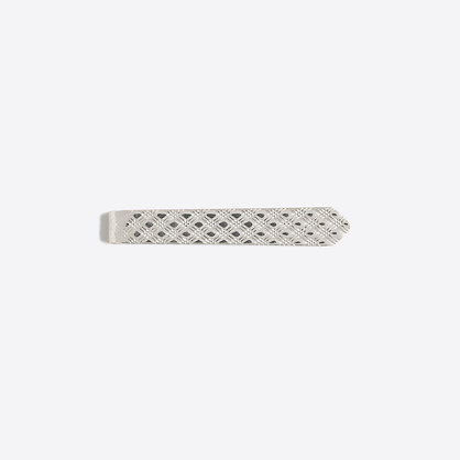 Etched tie bar