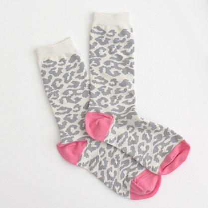 Factory snow leopard crew socks