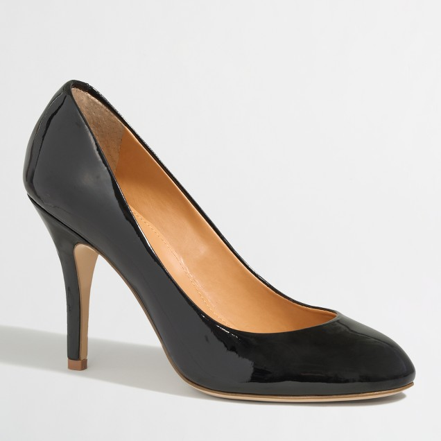 Factory Paulina patent pumps