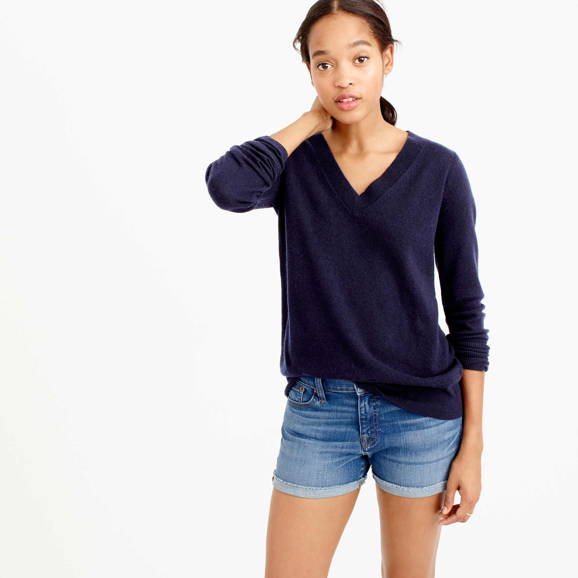 Italian cashmere V-neck sweater : Women cashmere | Factory