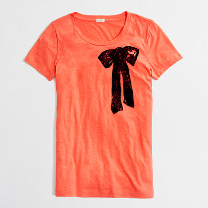 Factory painted bow graphic tee