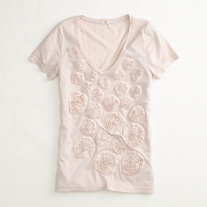 Factory tissue rosette bouquet tee