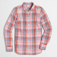 Classic button-down shirt in suckered plaid