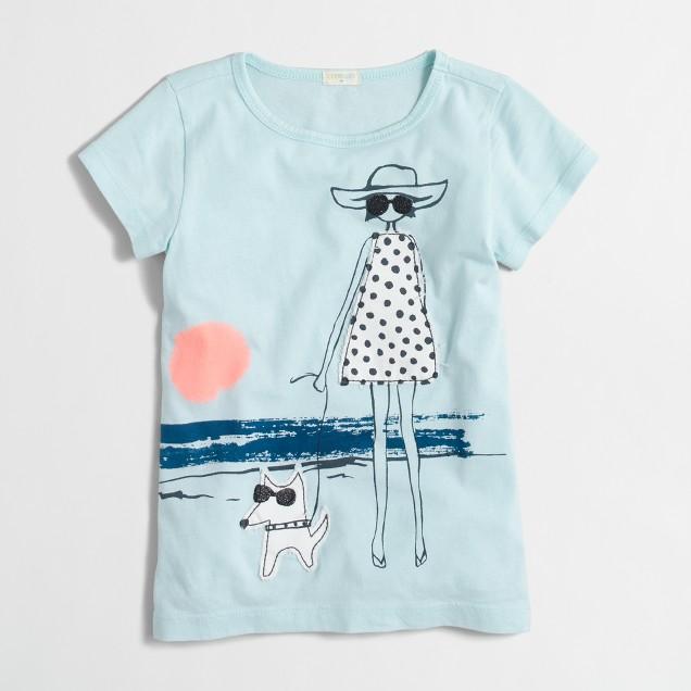 Girls' girl at beach keepsake T-shirt