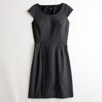 Factory portfolio dress in lightweight wool