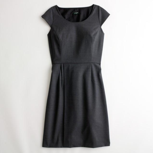 Factory portfolio dress in lightweight wool