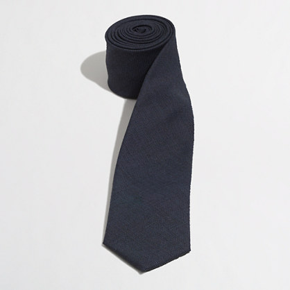 Factory wool tie