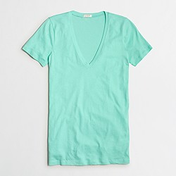 Factory tissue V-neck T-shirt