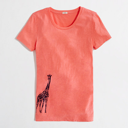 Factory giraffe graphic tee