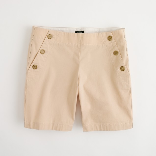 Factory buttoned seaside short