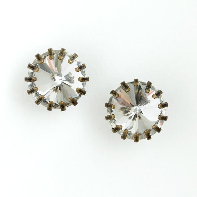 Factory inverted crystal stud earrings