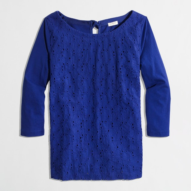 Factory eyelet-front top