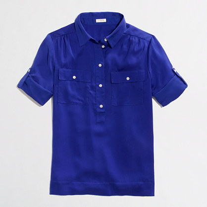 Factory draped two-pocket popover