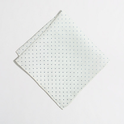 Linen dot pocket square
