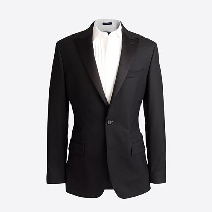 Peak-lapel tuxedo jacket in wool