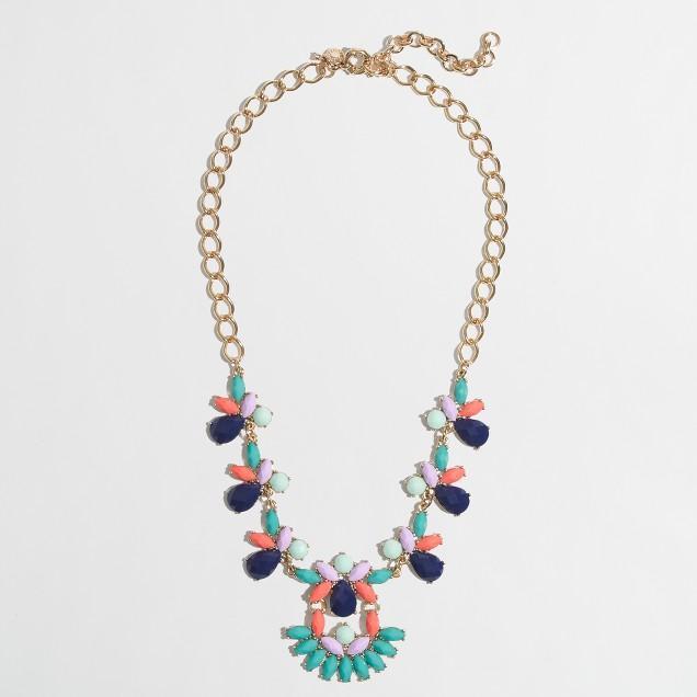 Factory parade fan necklace