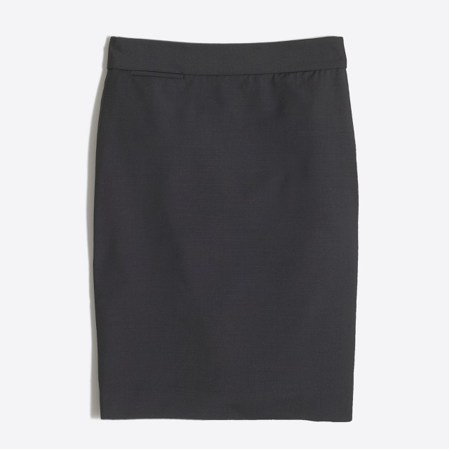 Pencil skirt in lightweight wool