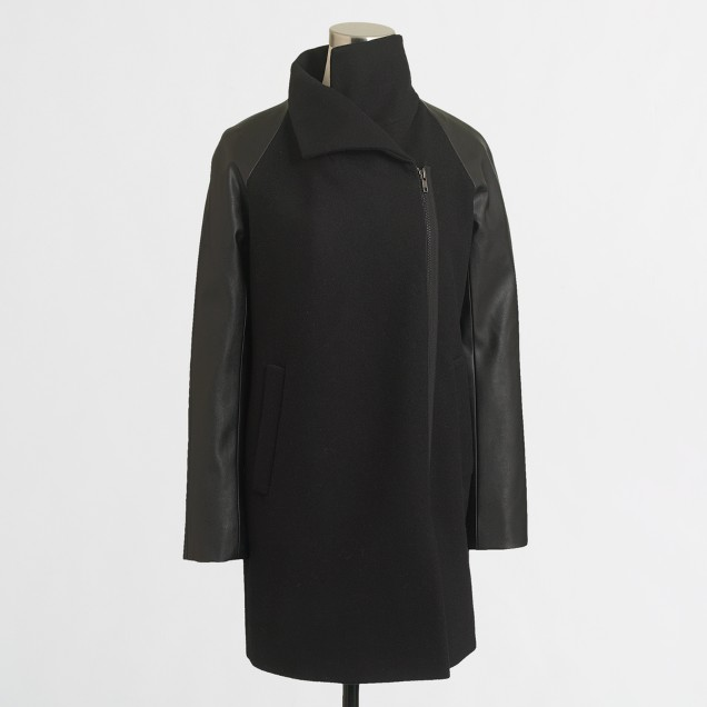 Factory leather-sleeve envelope coat