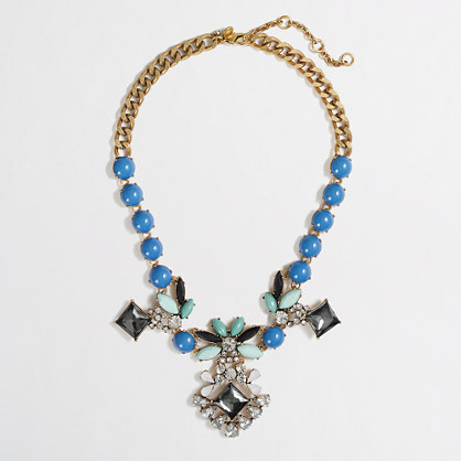 Factory dangling stone and petal necklace
