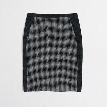 Factory colorblock pencil skirt in houndstooth