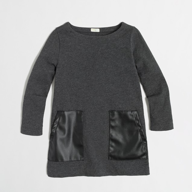 Factory girls' leather-pocket tunic