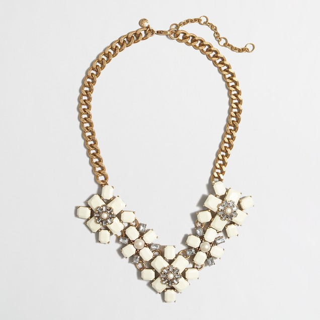 Factory opaque and crystal flowers necklace