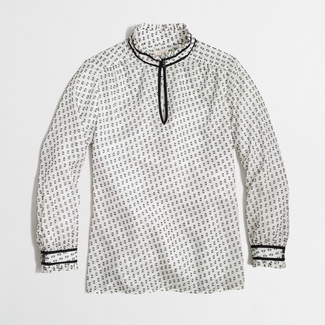 Factory clip dot top with trim