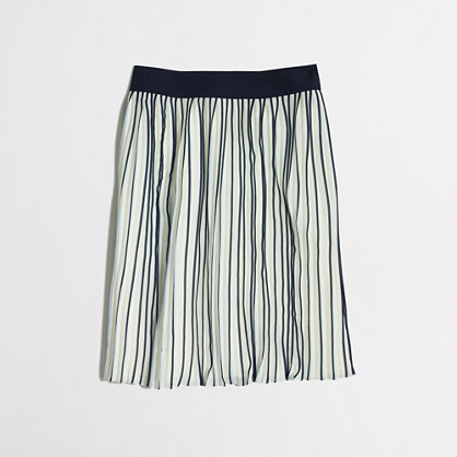 Pleated skirt in stripe