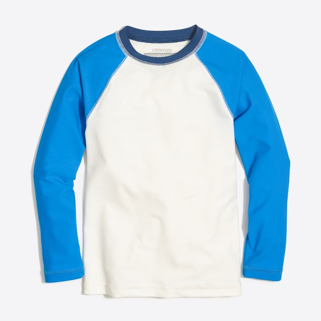 Boys' contrast-sleeve rash guard