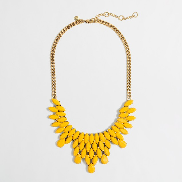 Factory layered stone petals necklace