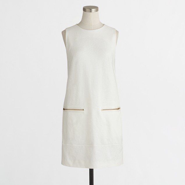 Sleeveless zip-pocket shift dress