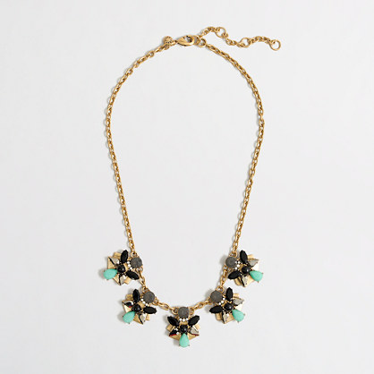 Factory mounted flowers necklace