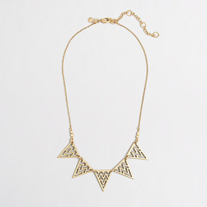 Factory triangle points necklace