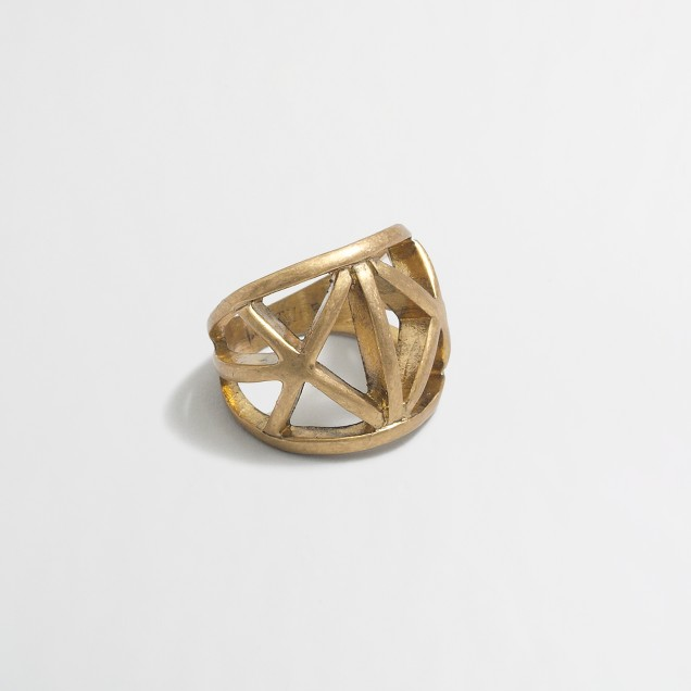 Factory geometric cutouts ring