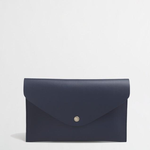 Invitation clutch