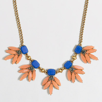 Stone leaves necklace
