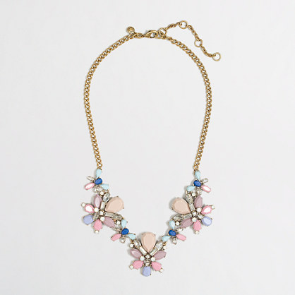Floral clusters necklace