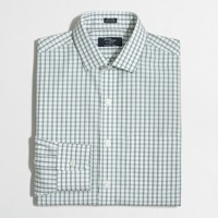 Wrinkle-free Voyager dress shirt in tattersall
