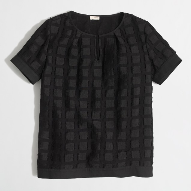 Grid jacquard keyhole T-shirt