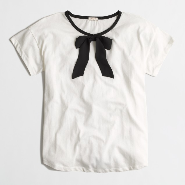 Rolled-sleeve T-shirt with bow