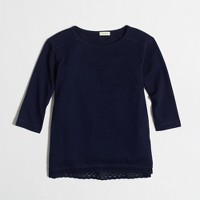 Girls' long-sleeve lace-hem T-shirt