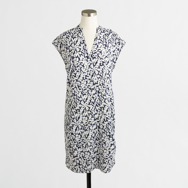 Printed pocket shift dress