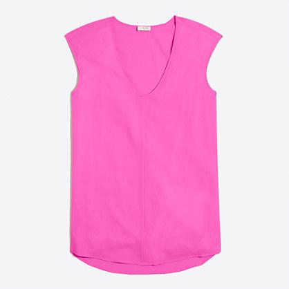 Cap-sleeve shirttail blouse