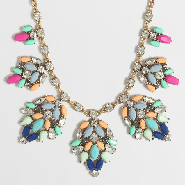 Stone leaf clusters necklace