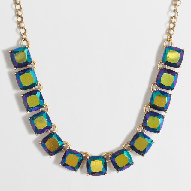 Linked block necklace