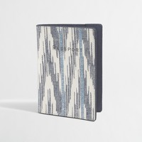 Printed leather passport case